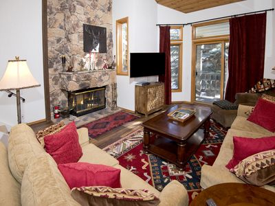 Photo for NEWLY LISTED SKI-IN/OUT FROM RIDGEPOINT 3 BEDROOM PLUS LOFT SLEEPS 8