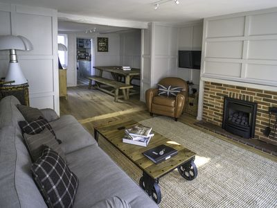 Photo for Where the heart of Lymington beats / the perfect New Forest base. Sleeps 10.