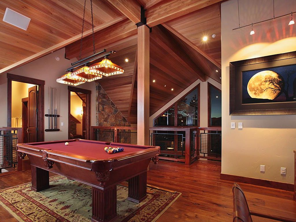 Great Pool Room