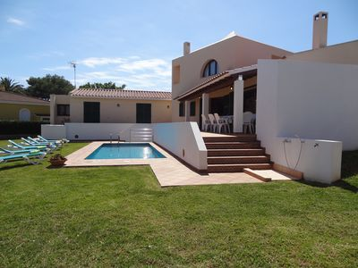 Photo for Beautiful and comfortable villa, garden and private pool x 8 pers. free wifi