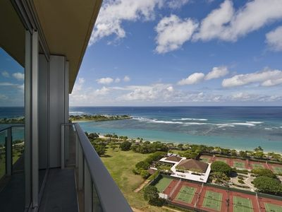 Beach and ocean views of Ala Moana right from your suite