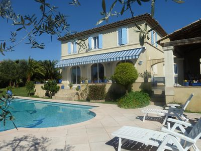 Photo for Recent Provencal farmhouse with pool in residential area with view