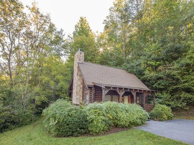 ER36 - Cozy Creekside  Great Location- Close to town