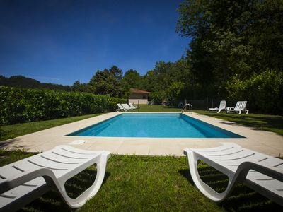 Photo for House with pool, located in a quiet and near the river.