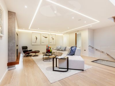 "Photo for Modern 3BR Mews House in South Ken + ""Brand New"""