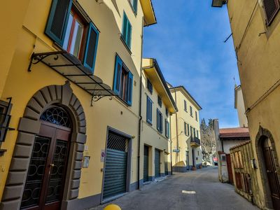 Photo for 2BR Apartment Vacation Rental in Borgo A Buggiano