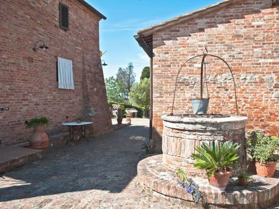Photo for Vacation home Podere Mezzavia (SIA243) in Siena - 3 persons, 1 bedrooms