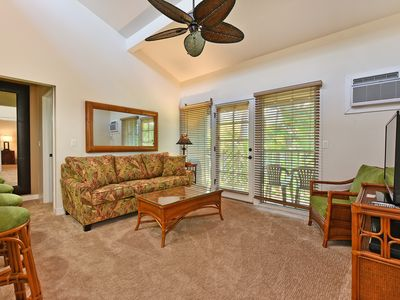 Photo for AN C201 - Condo in the heart of Lahaina Town