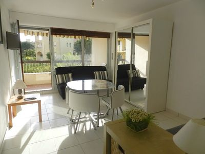 Photo for THE FAVIERE. 100M FROM THE BEACH. Bright and well equipped. STUDIO