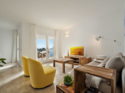 Photo for Puerto De Pollensa: Luxury Apartment on the beach