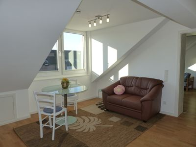Photo for Beautiful 2-room attic apartment centrally located at the park with lake.