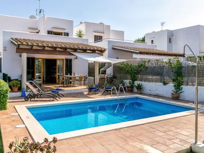 Photo for Holiday house for 8 persons with pool in Cala d'Or