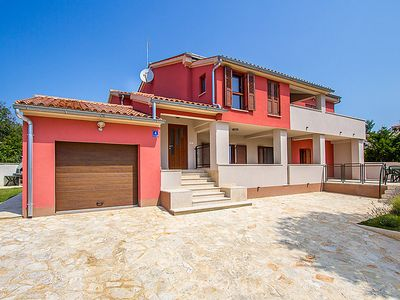 Photo for Apartment BANJ 558 in Pula/Banjole - 4 persons, 1 bedrooms