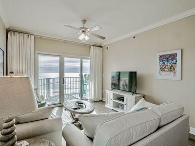 Photo for All New Everything! Coastal & comfortable! Walk to dining, night life, shopping!