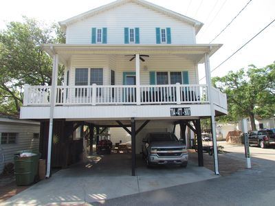 Photo for LOVELY 4 bdm, 2.5 bth close to the ocean and playground, comes with 2 GOLF CARTS