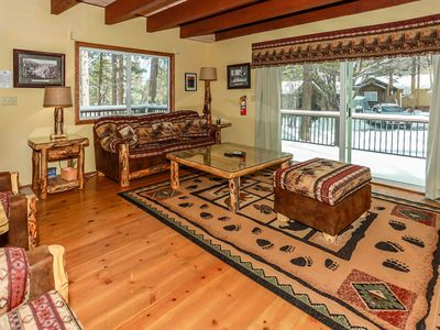 Photo for Cozy Pines Retreat 3BR Central Walk To Lake Chalet
