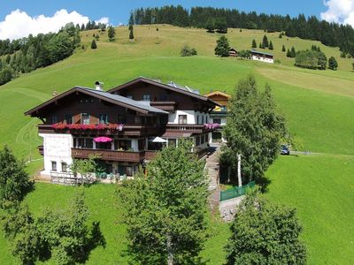 Photo for Holiday home for families or friends in a beautiful setting on the ski slope