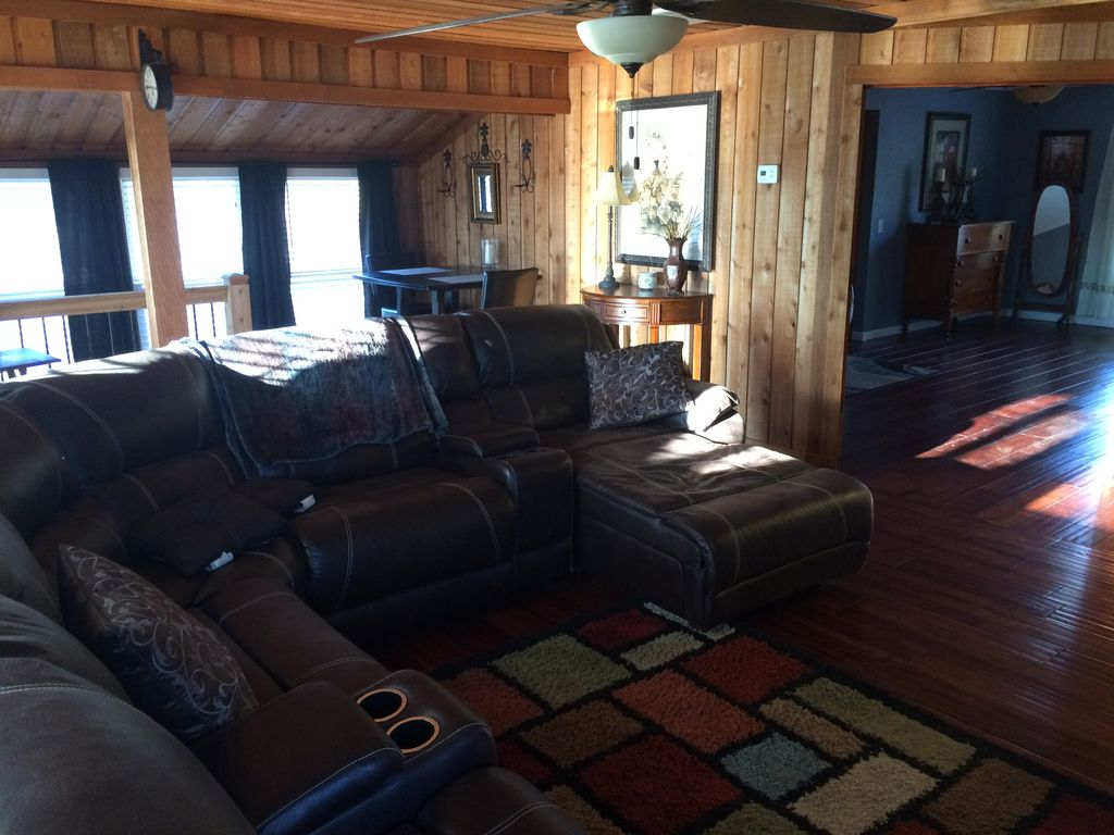 Cozy Cabin On Old Hickory Lake Gallatin Tennessee