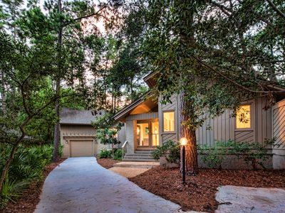Photo for Let the Sunshine in!  Fabulous Sea Pines Vacation Home!