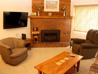 Photo for Mountainwood #103 - Close to Town - Shuttle to Slopes - Pool and Hot Tub Access