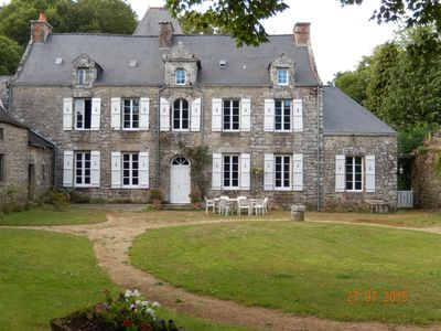 Photo for Breton manor the sixteenth in a large undulating park, ideal for relaxing