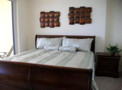 Master Suite with Private Bath and Balcony Access (King Bed)