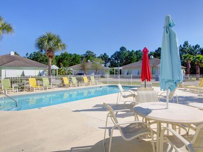 Photo for Orange Beach Villas Beach Retreat-Looking for some Beach Therapy? We have what the Doctor Ordered