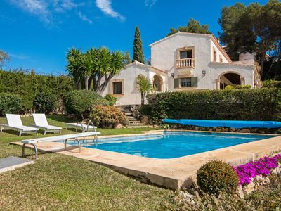 Photo for Wonderful private villa for 10 guests with WIFI, private pool, TV and parking