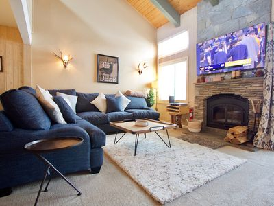 Photo for Mammoth Creek Retreat with pool table and game room! Kid friendly!