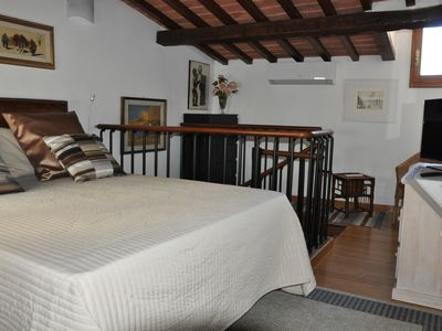Photo for Apartment in the historic San Frediano district (AC, WI-FI, satellite TV)