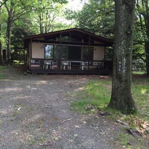 Photo for Rent for the Holidays or a Fall Retreat! Cozy Cabin in a beautiful setting!