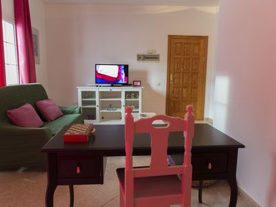 Photo for Apartment next to the beach with free Wifi, SAT TV, sea views