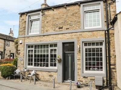 Photo for YORK COTTAGE, family friendly in Cononley , Ref 969917