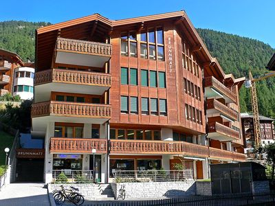 Photo for Apartment in the center of Zermatt with Lift, Washing machine, Balcony (45987)