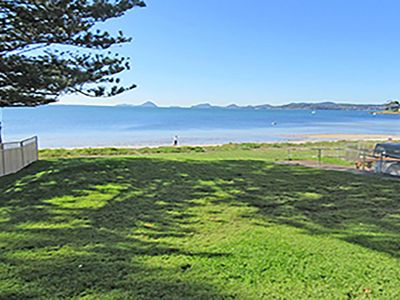Photo for 15 'Kanangra', 39 Soldiers Point Road - fantastic unit right on the water