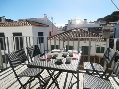 Photo for 2 bedroom Apartment, sleeps 5 in Llafranc with Air Con and WiFi