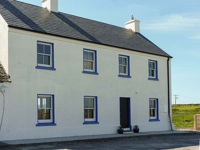 Photo for OLD PIER HOUSE, pet friendly in Carrigaholt, County Clare, Ref 23227