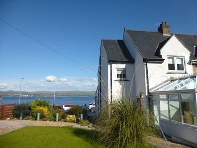 Admirals View Holiday Home with Breath Taking Sea Views & a Stroll to the Beach