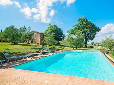 Photo for House in Castiglione d'Orcia with Parking, Internet, Washing machine, Pool (275549)