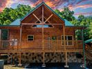 4BR House Vacation Rental in Pigeon Forge, Tennessee
