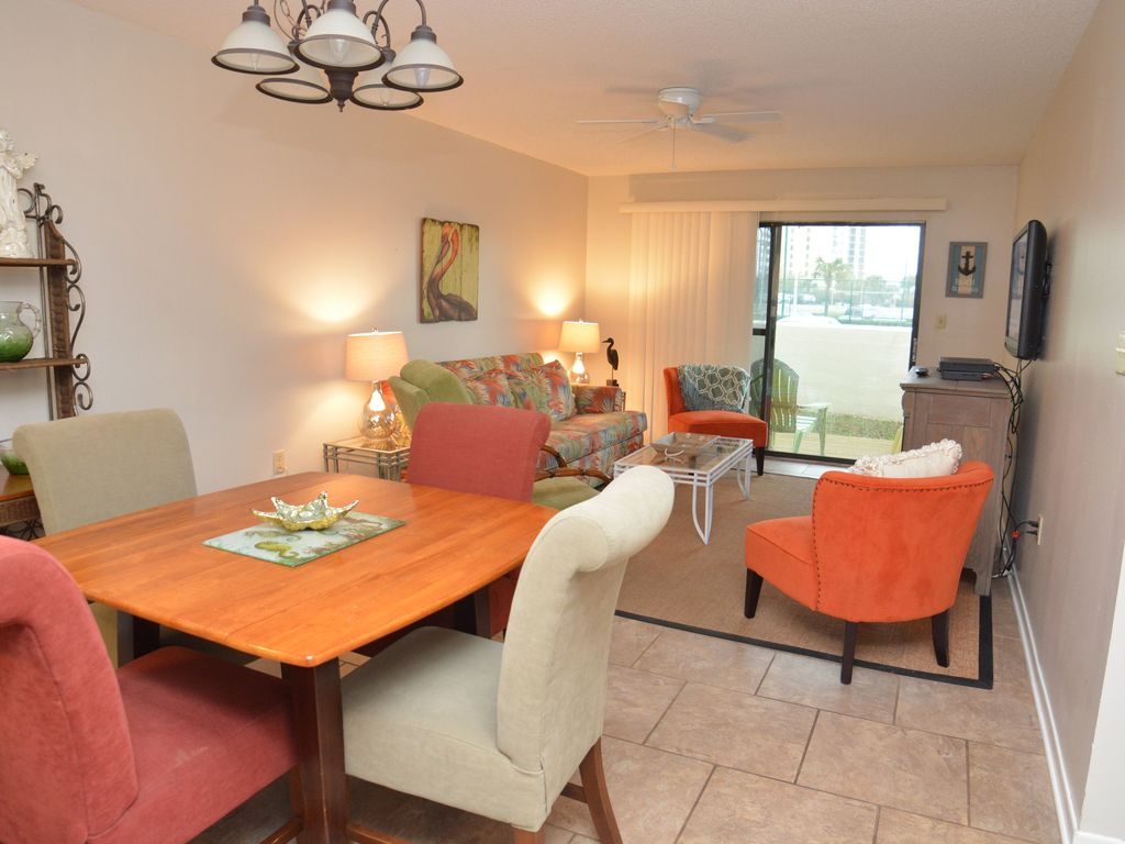 2 Bedroom 2 Bath Cute And Cozy Best Beachfront Value In Orange Beach Orange Beach Alabama