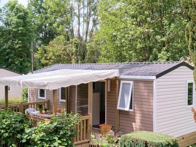 Photo for Camping Le Grand Paris **** - Happy Cottage 4 rooms 6 people