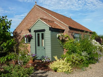 Photo for Norfolk Country Cottage - 4* peace in the countryside - great base for touring