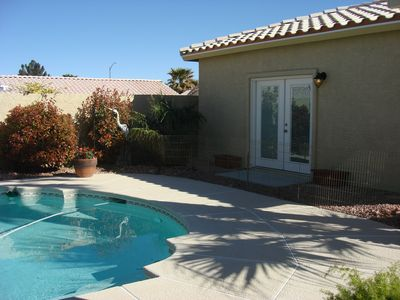 Ten minutes  from the Strip.   Home away from home! Pets allowed.  No smoking