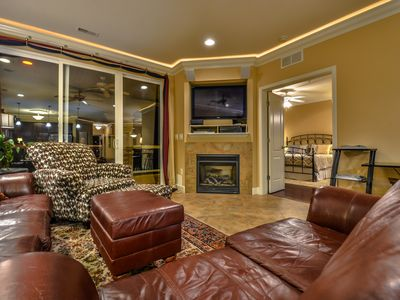 Photo for Top-Floor Lands End Luxury Condo - Elevator - Waterpark - Pool - Wi-Fi & More!