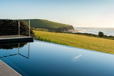 Enjoy the stunning view of the Pacific Ocean!