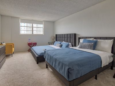 Photo for Pool View Studio Apartment in Sunny Isles