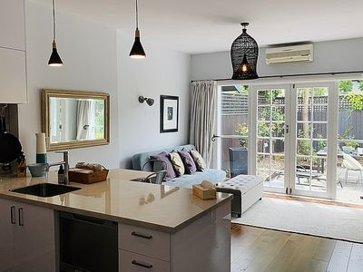 Photo for Uptown City Haven - Christchurch Townhouse