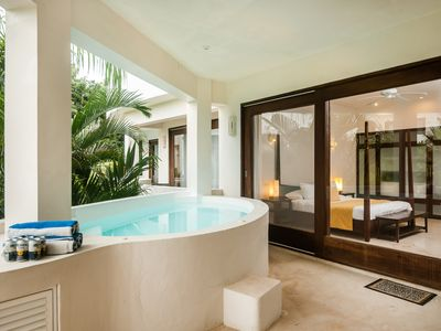 Luxury Residence - Private Jacuzzi in the balcony -