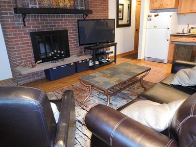 Photo for Stylish Downtown WP condo, walk to everything, great amenities, on the river!